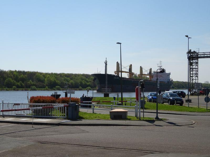 Schiff-Fahrradtour-am-Nord-Ostsee-Kanal