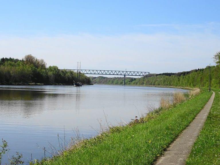 wanderweg-am-nord-ostsee-kanal